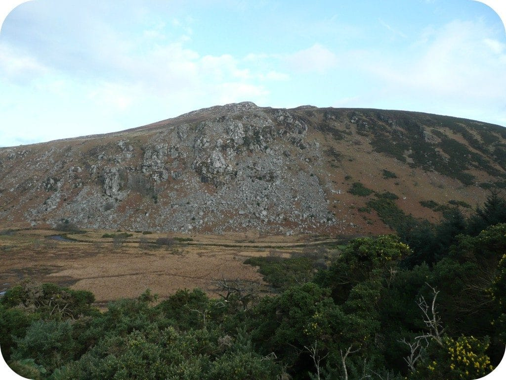 s_face_knocknacloghoge_mt_hillwalking-for-health